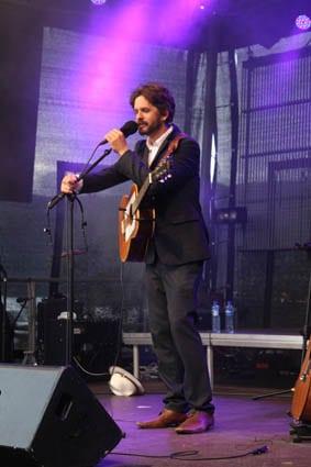 Thomas Dybdahl in concert