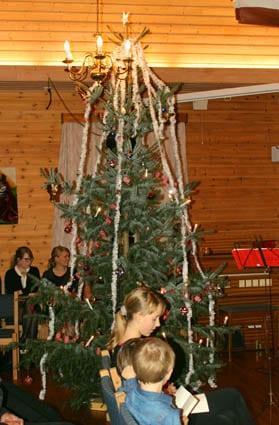 Flott julatre heil til taket - nesten